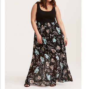 Torrid T-shirt Bodycon with floral overlay dress